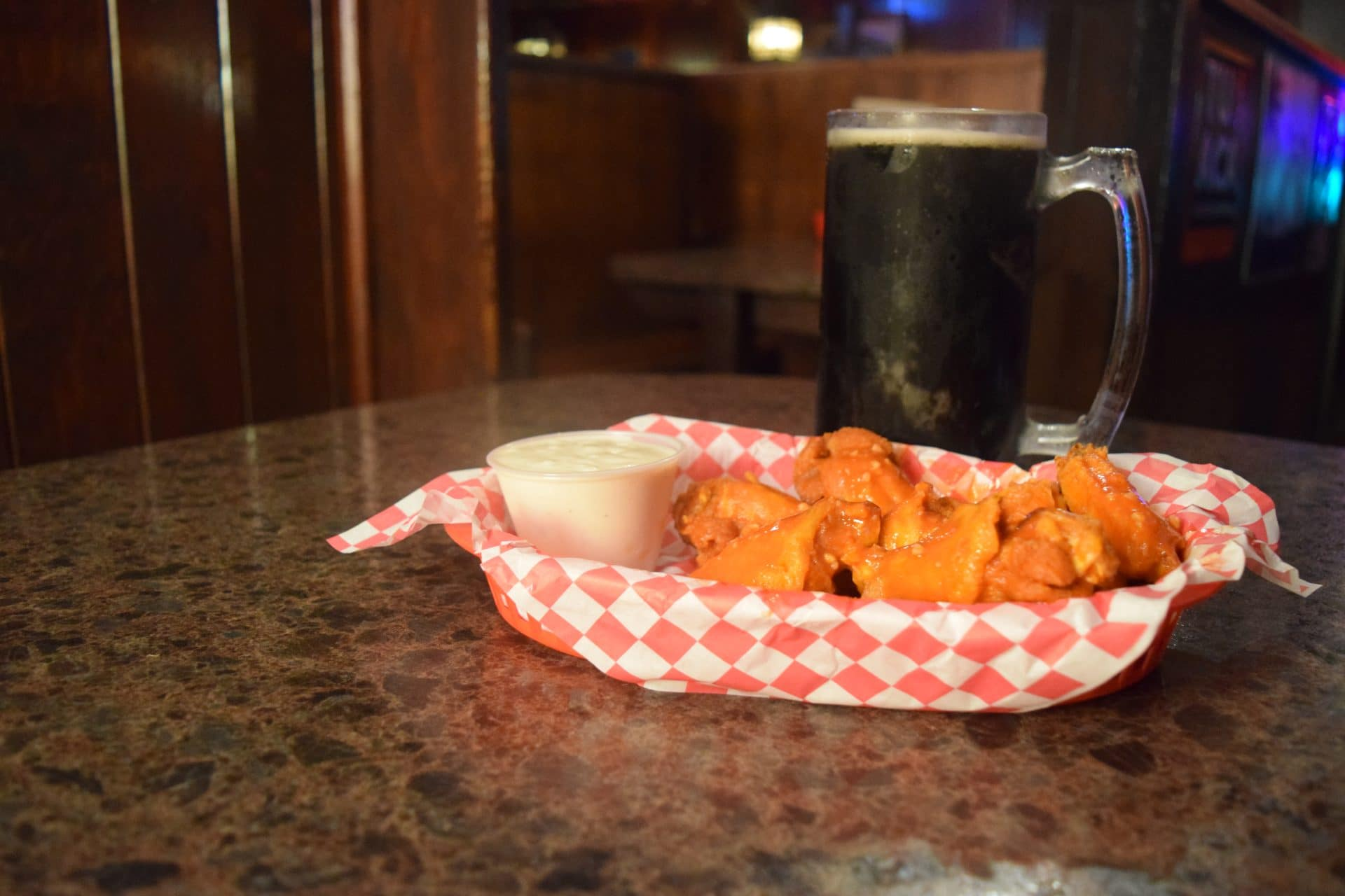 wings kenosha, hot wings kenosha, bar food kenosha