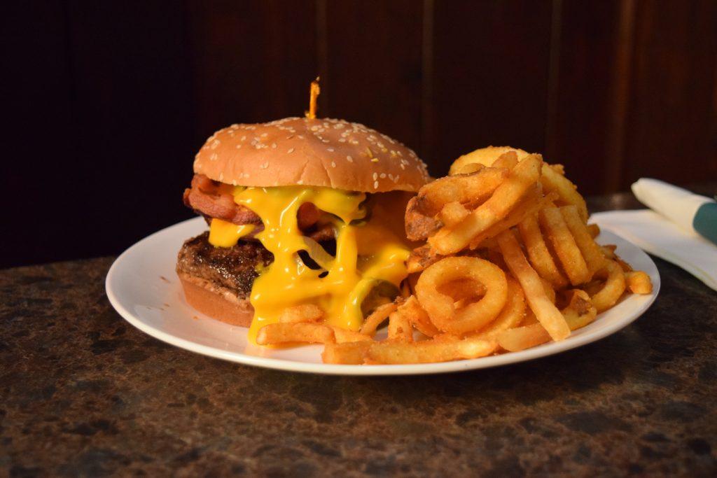 best burger kenosha, kenosha burgers, restaurants in kenosha