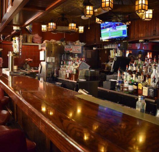 local bar in kenosha, kenosha bar, bar food in kenosha